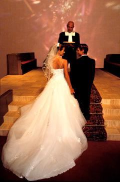 wedding1side_240.jpg